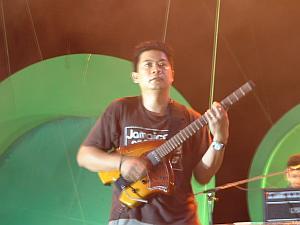 tboneギター