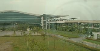 2横から見た空港