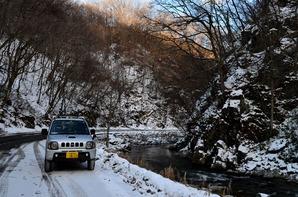 冬の渓流②