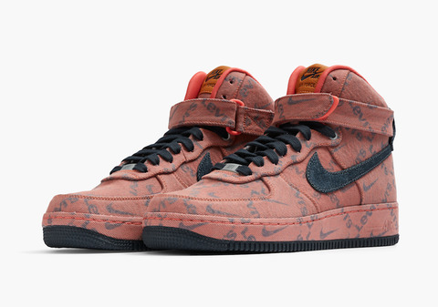 content_levis-nike-by-you-pink-denim-exclusive