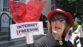 granny-holding-internet-freedom-torch