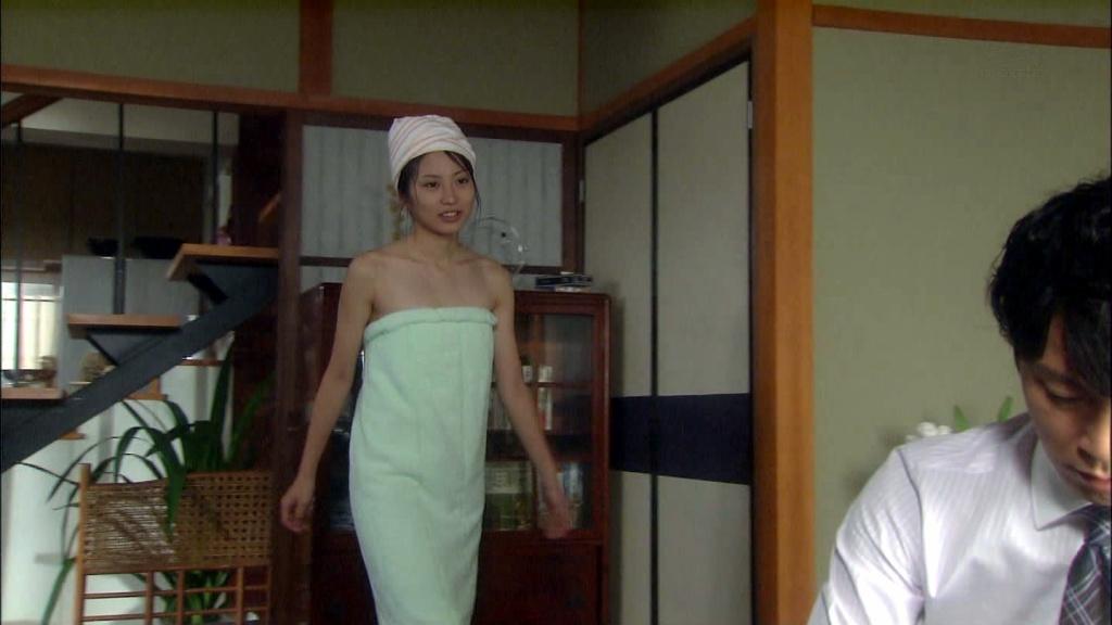 志田未来 風呂あがり010(拡大表示)