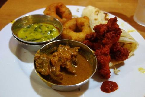 たまに行くならこんな店 ナンがないのは南インド系料理店の証か?「ニルヴァナム」はエキチカ激混み系カリービッフェが楽しめます。