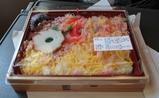 今日のお持ち帰り 出雲そば 黒崎製造のかに寿司