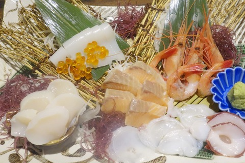 たまに行くならこんな店 海幸系料理が美味ぃ!「個室居酒屋 北海道漁港 なまら屋 五反田店」は、エロと食の渦巻く五反田にあります
