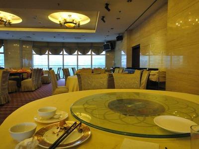 たまに行くならこんな店 地下鉄上海西駅近くの上海金明大酒店(上海市普陀区曹揚路2088号)安いプランで上海旅行をする方は訪れる機会があるホテルかも知れません