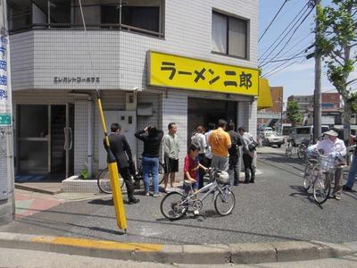 たまに行くならこんな店 ラーメン二郎亀戸店
