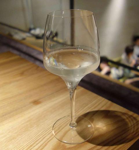 たまに行くならこんな店 新百合っ娘がキャッキャウフフと集う新百合ヶ丘駅チカな日本酒バル「Tokyo Rice Wine」は料理と共にライスワイン(日本酒)が頂けます