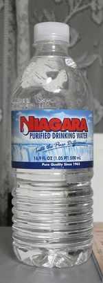 今日の水 NIAGARA(アメリカ)