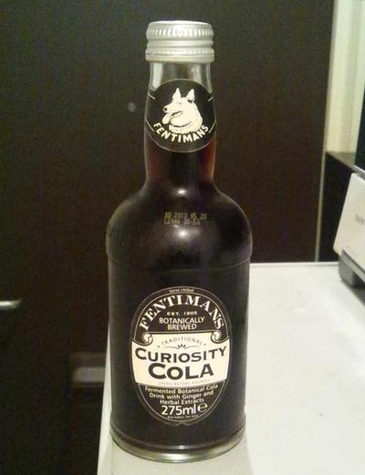 今日の飲み物 世界で一番美味いと言われる最高級のコーラ「CURIOSITY COLA」を頂くとペリーが浦賀沖に来航した後に唄われた上喜撰の狂歌を思い出した