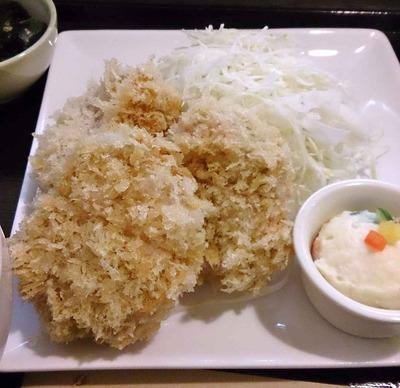 たまに行くならこんな店 食べログで東京の人気のとんかつ店の一つ「成蔵」は、低温でじっくり揚げした、ジューシーで食べごたえのあるカツが頂けます