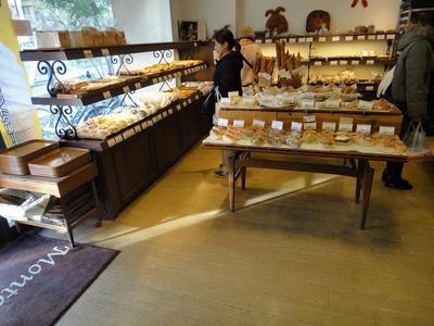 たまに行くならこんな店 南越谷の地で中々美味しいパンを味わえる「モンタンヴェール」は駅近で良い!