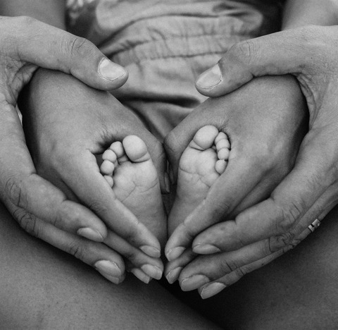 affection-baby-birth-1912359