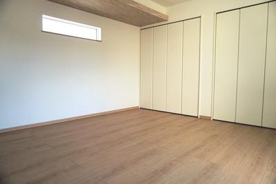 DSC02596寝室(広)