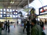 品川駅もクリスマスの装いに