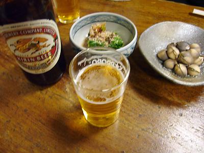 銀座 泰明庵でビール