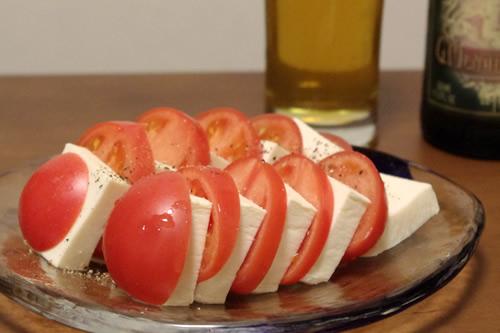 塩豆腐とトマトのカプレーゼ風