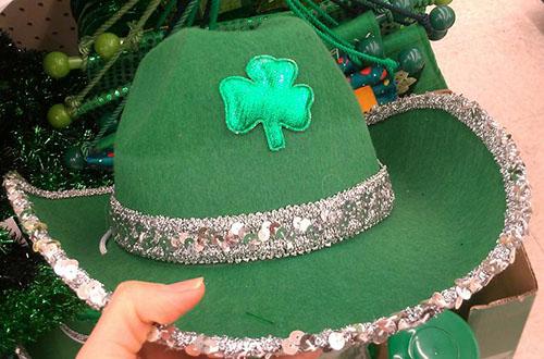 グリーンの帽子