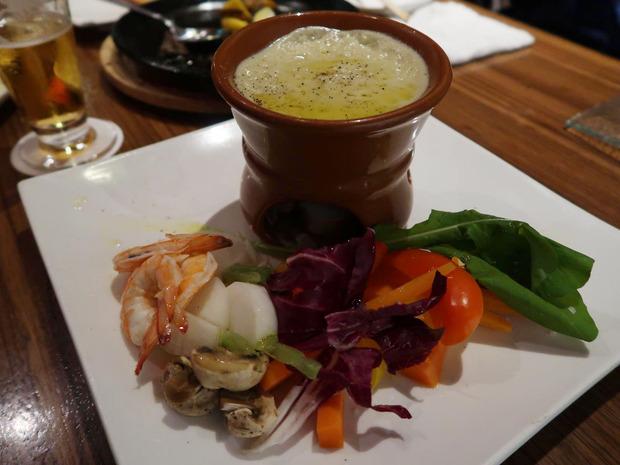 蒸し海老と温野菜のバーニャカウダ