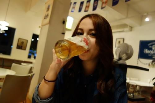 ビールを飲みます。