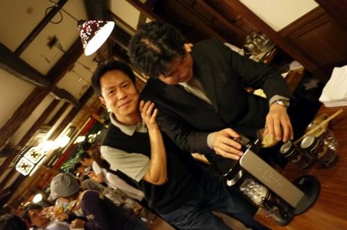 サントリー坂井さんとアサヒビール尾関さん 仲良し~♪