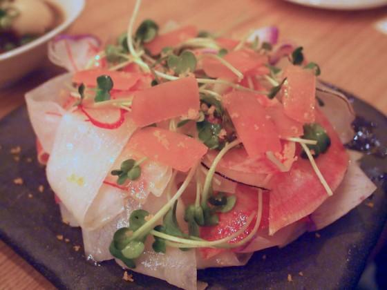 鎌倉野菜と季節野菜のからすみたっぷり大根サラダ
