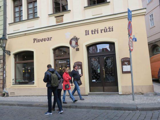 U tří růží Praha