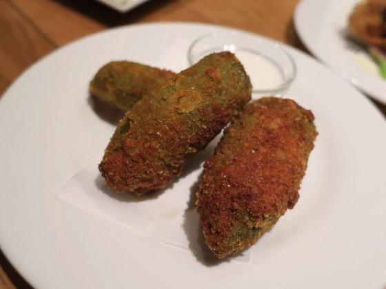 肉詰めハラペーニョのフリット(500円)