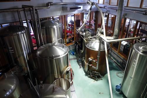 スワンレイクビール工場