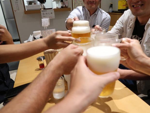 かでかる飲み 乾杯!