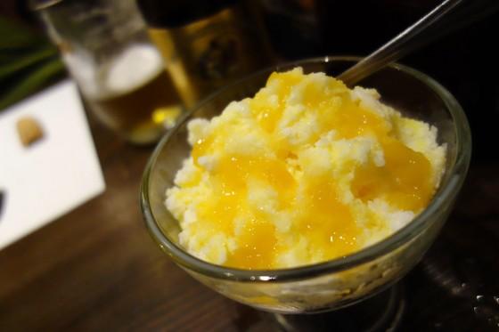 マンゴーミルクかき氷(450円)