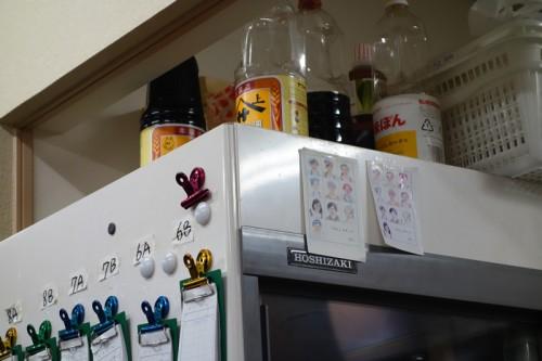冷蔵庫にはスタッフの似顔絵