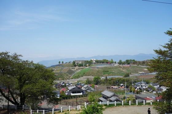 甲州市勝沼ぶどうの丘