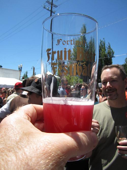 赤いビール