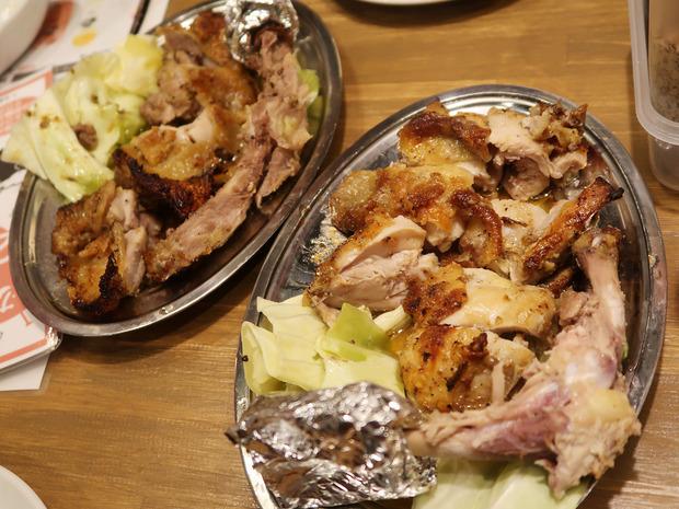 カットされた鶏