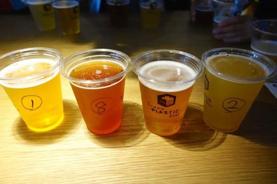 4つのビールをいただきます。