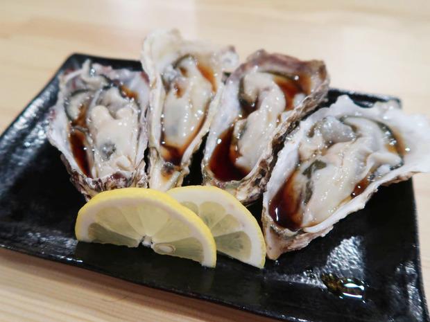 牡蠣 ひとつ100円