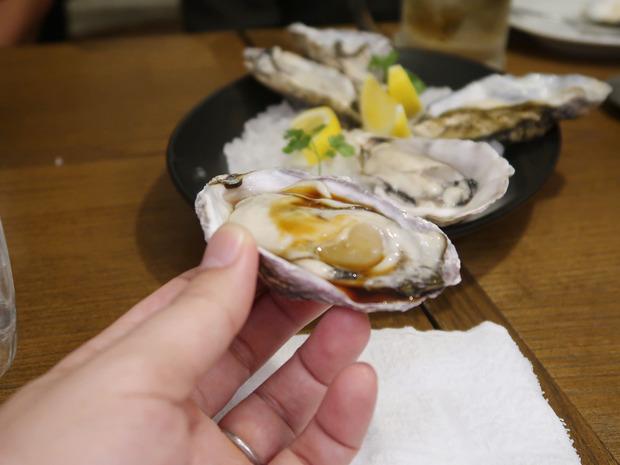 牡蠣を楽しむ