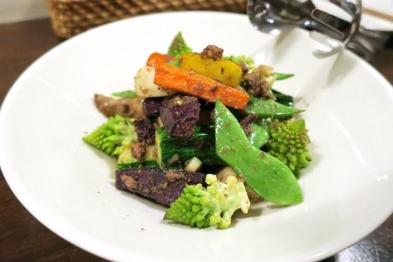 焼き野菜の温かいサラダ(900円)