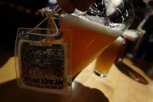 ビールはピッチャーで飲み放題!