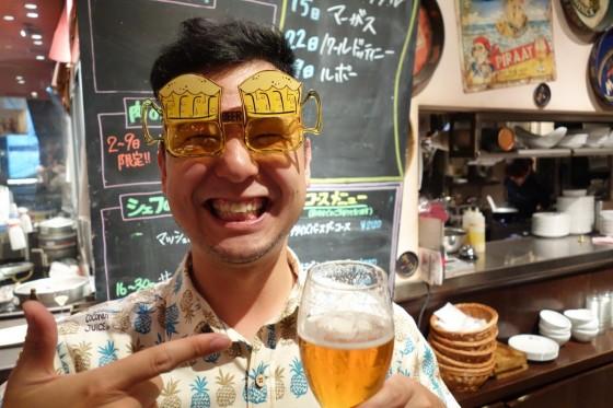 二次会でビールメガネ