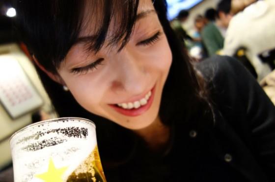 美人×麦酒