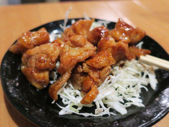 チキンの黒酢炒め(300円)