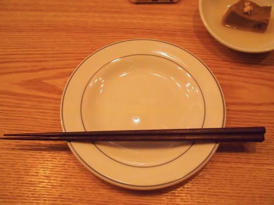 箸が細いんです。