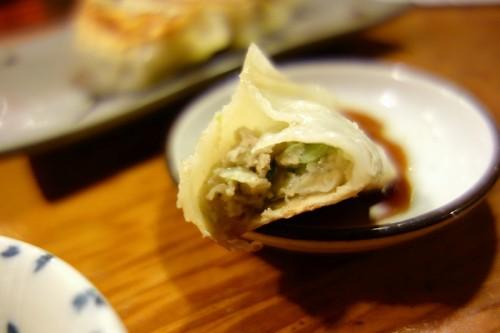 琉球ビストロの餃子