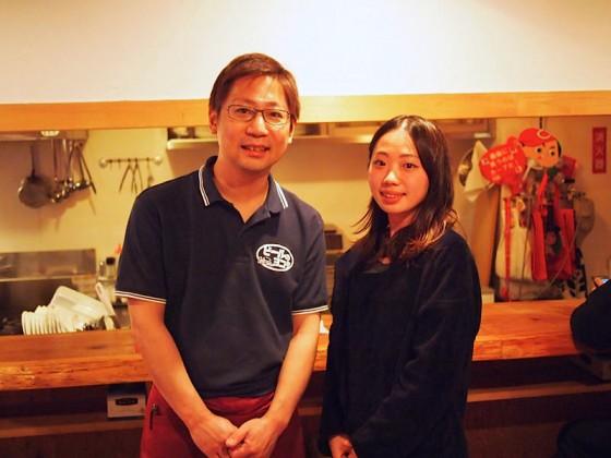 店主の横田さんと。