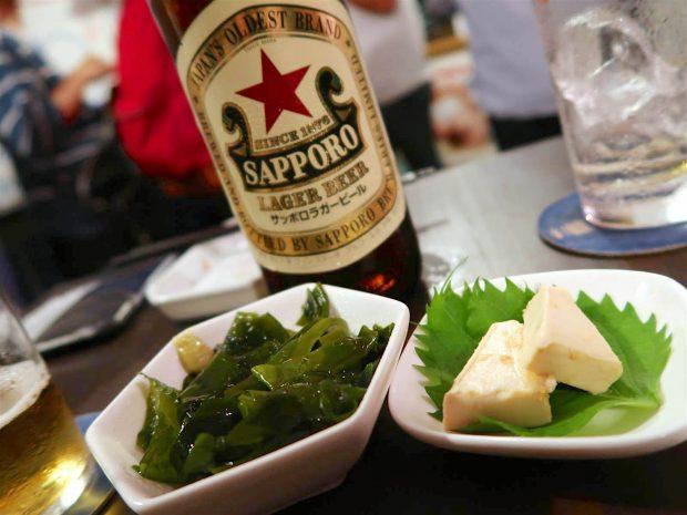 ワカメ刺(150円)とクリームチーズ味噌漬(200円)