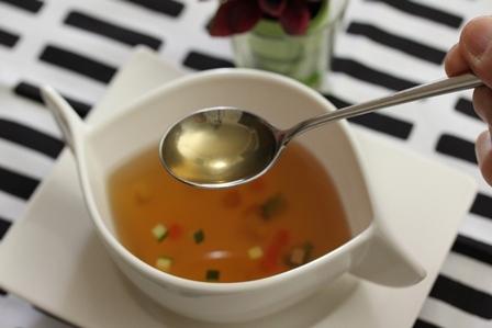 【料理】コンソメスープをつくる  その⑥
