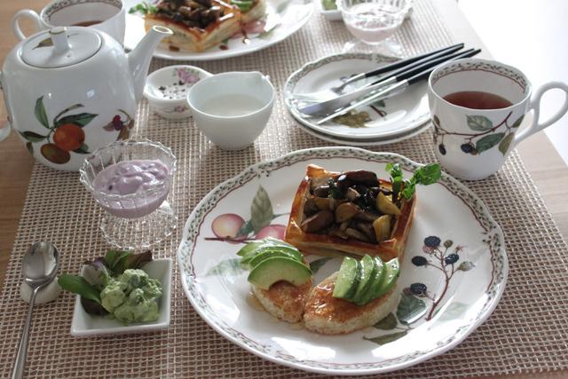 ■アボガドトーストで朝ごはん。