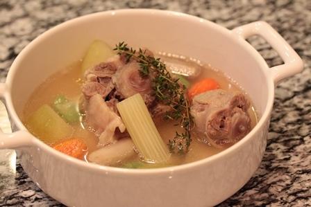 ■仔牛のテールスープ